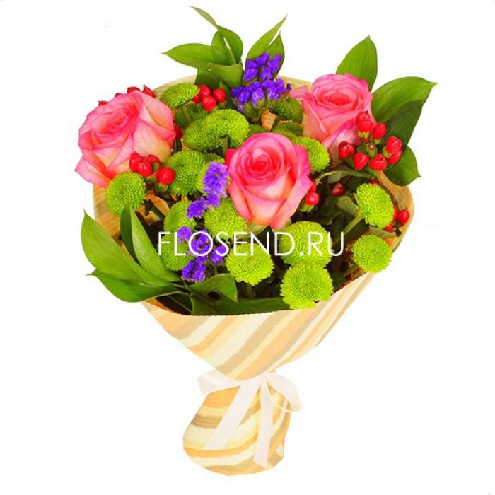 Букет из роз и хризантем и зелени